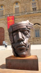 african king piazza pitti